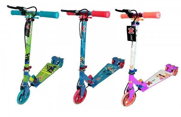 RocketТрехколесный самокат Rocket - это одна из самых интересных и инновационных моделей от Explore, разработанных для детей от 3 до 6 лет. Основные его особенности - это комбинированная тормозная система, сочетающая классический для самокатов тормоз-крыло и ручной тормоз, а также трапециевидная платформа с антискользящим покрытием. Легко складывается и имеет несколько вариантов расцветок. Размер платформы: узкая часть - 8 см, широкая - 15 см, длина - 40 см. Высота руля: 63-80 см (регулируемая). Колеса: полиуретановые PU, 120 мм переднее, 100 мм задние, подшипники ABEC 5. Вес - 3 кг. Максимальная нагрузка: 50 кг. Цвет: зеленый, красно-синий, розовый, фиолетовый.<br>