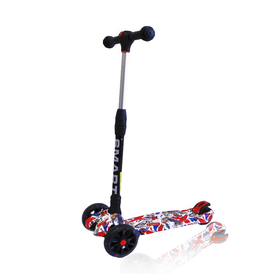 Smart eco RExplore Smart eco R - это красочный трехколесный самокат с яркой декой и светящимися колесами. Эта модель станет прекрасным подарком для ребенка возрастом от 3-х лет. Рама изготовлена из легкого алюминиевого сплава и выдерживает максимальную нагрузку до 65 кг. Дека самоката выполнена из ударопрочного пластика и отличается уникальным принтом. Руль оснащен мягкими резиновыми грипсами и регулируется по высоте до 78 см. Складная конструкция руля позволяет легко перевозить самокат в оббщественном транспорте и хранить в домашних условиях. Колеса - полиуретановые. Тормоз - ножной (с помощью заднего крыла). Вес модели - 2,7 кг.<br>