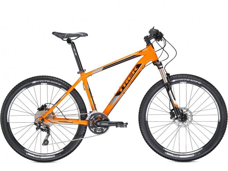 4700 (2014)Велосипеды Горные<br>Легкий хардтейл для езды в стиле кросс-кантри с оборудованием начального профессионального класса Shimano, 30 скоростей. Технические особенности: алюминиевая рама Alpha Gold Aluminium, амортизационная вилка SR Suntour XCR-RL, двойные обода Bontrager AT-850, дисковые гидравлические тормоза Shimano M395. Подходит для активной езды по различным дорогам и пересеченной местности. Диаметр колес 26 дюймов. Вес-14,4 кг.<br><br>Рама: Alpha Gold Aluminium w/semi-integrated head tube, mechanically formed &amp; butted tubing, race geometry, internal cable routing, rack mounts, replaceable derailleur hanger<br>Вилка: SR Suntour XCR-RL w/coil spring, preload, remote lockout, 100mm travel<br>Манетки: Shimano Deore, 10 speed<br>Тормоза: Shimano M395 hydraulic disc brakes<br>Передний переключатель: Shimano Deore<br>Задний переключатель: Shimano SLX Shadow<br>Передняя втулка: Formula DC20 LW alloy front hub<br>Задняя втулка: Formula DC22 LW alloy rear hub<br>Кассета: Shimano HG62 11-36, 10 speed<br>Шатун: Shimano M522, 42/32/24<br>Педали: Wellgo nylon platform<br>Рулевая колонка: 1-1/8 threadless, semi-integrated, semi-cartridge bearings<br>Вынос: Bontrager Race Lite, 31.8mm, 7 degree<br>Руль: Bontrager low-riser, 31.8mm, 15mm rise<br>Подседельный штырь: Bontrager SSR, 31.6mm, 12mm offset<br>Седло: Bontrager Evoke 1<br>Обода: Bontrager AT-850 32-hole double-walled rims<br>Покрышки: Bontrager XR2, 26x2.2<br>Цвета выпускаемые: Fastback Orange/Trek Black, Matte Trek Black/Signature Green<br>Размеры выпускаемые: 13.5, 15.5, 17.5, 18.5, 19.5, 21.5, 23.5