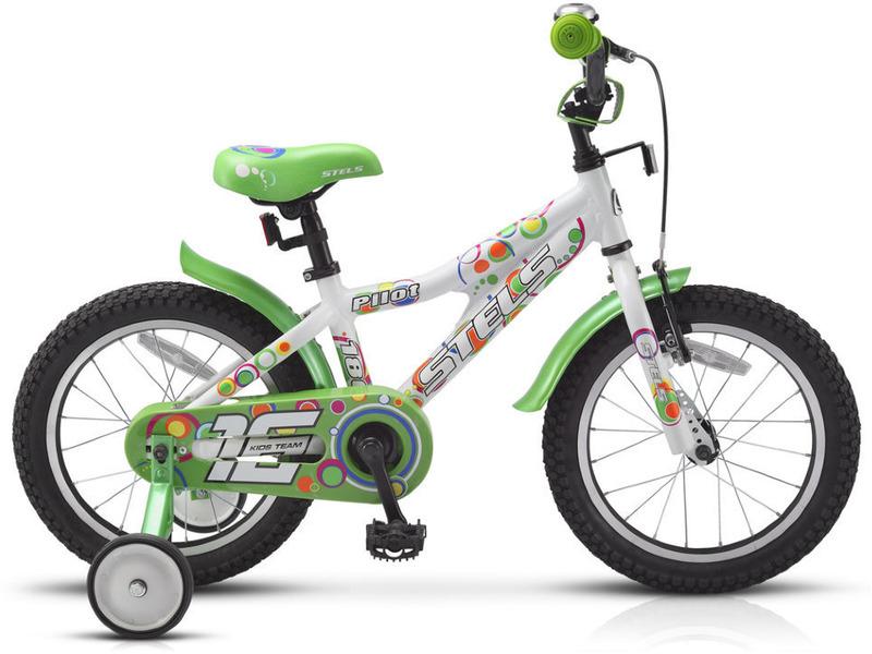 Pilot 180 16 (2015)Велосипед, предназначенный для детей в возрасте от трех до шести лет, без переключения передач. Технические особенности: прочная алюминиевая рама, жесткая вилка, надежные одинарные обода, передний тормоз - ручной V-brake, задний - ножной. Подходит для обучения и легких прогулок. Диаметр колес - 16 дюймов. Вес - 10,6 кг.<br><br>Рама: алюминий<br>Вилка: жесткая<br>Тормоза: передний - AL V-brake, задний - ножной<br>Седло: детское<br>Обода: одинарные<br>Покрышки: 16<br>Цвета выпускаемые: белый/зелёный, белый/синий
