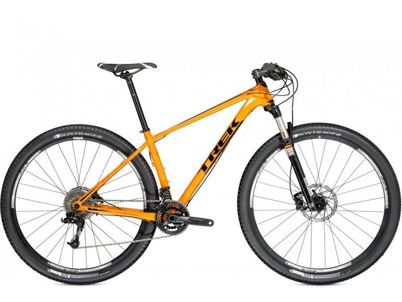 Superfly 6 (2014)Велосипеды Горные<br>Легкий хардтейл для езды в стиле кросс-кантри с оборудованием профессионального класса Shimano, 20 скоростей. Технические особенности: алюминиевая рама Alpha Platinum Aluminum, амортизационная вилка RockShox Reba RL, двойные обода Bontrager Mustang, дисковые гидравлические тормоза Shimano M445. Подходит для активной езды по различным дорогам и пересеченной местности. Диаметр колес - 29 дюймов. Вес - 11,5 кг.<br><br>Рама: Alpha Platinum Aluminum, butted &amp; hydroformed tubing, E2 tapered head tube, internal cable routing, press fit BB, balanced post mount, Closed Convert dropouts, G2 Geometry<br>Вилка: RockShox Reba RL<br>Манетки: SRAM X7, 10 speed<br>Тормоза: Shimano M445 hydraulic disc<br>Передний переключатель: SRAM X7<br>Задний переключатель: SRAM X9, Type 2<br>Передняя втулка: Alloy axle hub<br>Задняя втулка: Alloy axle hub<br>Система: SRAM S1010, 36/22<br>Каретка: Bontrager sealed cartridge bearing<br>Кассета: Shimano HG62 11-36, 10 speed<br>Рулевая колонка: FSA IS-2, E2, sealed cartridge bearing<br>Вынос: Bontrager Race Lite, 31.8mm, 7 degree<br>Руль: Bontrager Low Riser, 31.8mm, 5mm rise<br>Подседельный штырь: Bontrager Approved, 27.2mm, 8mm offset<br>Седло: Bontrager Evoke 2, chromoly rails<br>Обода: Bontrager Mustang 28-hole Tubeless Ready rim<br>Покрышки: Bontrager XR1 Expert, aramid bead, 29x2.20<br>Цвета выпускаемые: оранжевый/черный<br>Размеры выпускаемые: 15.5, 17.5, 18.5, 19.5, 21.5, 23.0