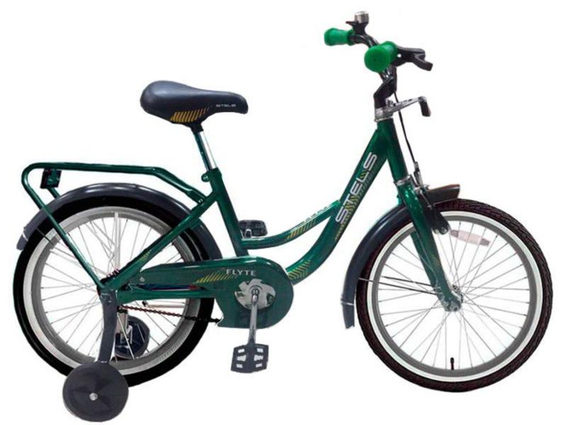 Flyte 18 (2016)Велосипед, предназначенный для девочек в возрасте от четырех до восьми лет, без переключения передач. Технические особенности: стальная рама, жесткая вилка, одинарные обода, ножные педальные тормоза, съёмные боковые колёсики, полная защита цепи, стальные крылья, багажник, звонок. Подходит для обучения и легких прогулок. Диаметр колес - 18 дюймов. Вес - 10,6 кг.<br><br>Рама: Сталь<br>Вилка: Жесткая, сталь<br>Тормоза: Задний ножной<br>Педали: Пластик<br>Рулевая колонка: Сталь<br>Вынос: Сталь<br>Руль: Сталь<br>Подседельный штырь: Сталь<br>Седло: Stels детское<br>Обода: Одинарные, сталь<br>Покрышки: 18<br>Цвета выпускаемые: фиолетовый, голубой