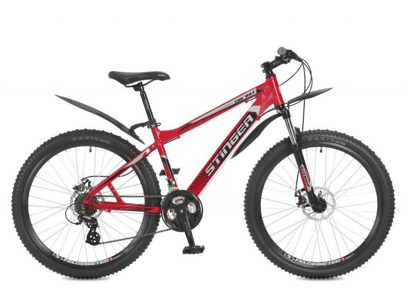 The Bat 26 (2017)Велосипеды Горные<br>Горный велосипед с оборудованием любительского класса Shimano, 21 скорость. Технические особенности: легкая алюминиевая рама, амортизационная вилка Stinger, двойные алюминиевые обода Felgebeiter HAC-2, дисковые механические тормоза STG DSC-910. Подходит для прогулочного катания по различным дорогам и пересеченной местности. Диаметр колес - 26 дюймов. Вес - 16,2 кг.<br><br>Рама: Алюминий<br>Вилка: Амортизирующая вилка Stinger, ход 100мм<br>Манетки: Shimano EF-500; куркового типа; 3x7ск.<br>Тормоза: STG DSC-910; дисковые механические<br>Передний переключатель: Shimano Tourney TY10<br>Задний переключатель: Shimano Altus<br>Передняя втулка: STG A25; дисковые; стальные; эксцентрик/гайки<br>Задняя втулка: STG A25; дисковые; стальные; эксцентрик/гайки<br>Система: Stinger FCM; 170мм; 42/34/24t<br>Каретка: STG BBP-08A; картридж<br>Кассета: Shimano Tourney MF-TZ21; 7ск. 14-28<br>Цепь: Taya TS-80<br>Педали: Feimin FP807; пластик<br>Вынос: STG 078; алюминий<br>Руль: Стальной райзер; 31.8мм x 660мм<br>Подседельный штырь: Stinger стальной; 27.2мм<br>Седло: Stark<br>Обода: Felgebeiter HAC-2; двойные<br>Покрышки: Z-Axis J1018 26X2.30?<br>Цвета выпускаемые: красный<br>Размеры выпускаемые: 16?