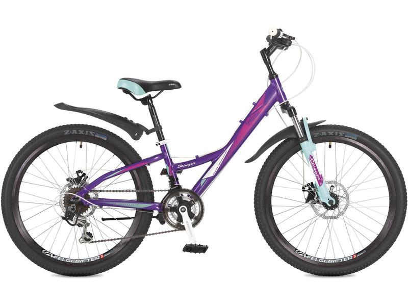Galaxy D 24 (2017)Велосипед, предназначенный для девочек в возрасте от восьми до тринадцати лет, с оборудованием начального класса Shimano, 18 скоростей. Технические особенности: алюминиевая рама, амортизационная вилка Zoom CH-386 S с ходом 50 мм, двойные алюминиевые обода, дисковые механические тормоза, подножка. Подходит для прогулочного катания по различным дорогам и пересеченной местности. Диаметр колес - 24 дюйма.<br><br>Рама: Алюминий<br>Вилка: Zoom CH-386 S (AMS), ход 50мм<br>Манетки: Shimano RS35<br>Тормоза: Zoom, Mech. Disc brake, 160 мм<br>Передний переключатель: Shimano Tourney TY-10<br>Задний переключатель: Shimano Tourney TY-21<br>Передняя втулка: SF-HB13<br>Задняя втулка: SF-HB08<br>Система: 24/34/42 152 мм<br>Каретка: Neco B906 Полукартридж<br>Кассета: Sunway SW608<br>Цепь: KMC Z33<br>Педали: Feimin<br>Рулевая колонка: Feimin FP-501<br>Вынос: сталь<br>Руль: сталь<br>Подседельный штырь: Stinger 27.2mm; L=250 mm<br>Обода: 24? 36 спиц, двойные, алюминий<br>Покрышки: 24x1.95?, Z-AXIS<br>Цвета выпускаемые: фиолетовый<br>Размеры выпускаемые: Один размер