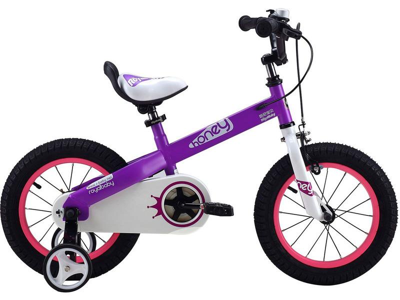 """Royal Baby Honey Steel 18 (2015)Велосипед, предназначенный для детей в возрасте от четырех до восьми лет, без переключения передач. Технические особенности: прочная стальная рама, жесткая стальная вилка, одинарные обода, передний тормоз - ручной V-brake, задний - ножной, полная защита цепи, съемные боковые колеса, поддерживающая ручка, звонок. Подходит для обучения и прогулочного катания в городских условиях. Диаметр колес - 18 дюймов. Вес - 12 кг.<br><br>Рама: Сталь<br>Вилка: Жесткая, сталь<br>Тормоза: Передний ручной V-brake, задний ножной<br>Передняя втулка: Сталь<br>Задняя втулка: Сталь<br>Система: Сталь<br>Каретка: Сталь<br>Шатун: Стальные<br>Педали: Пластик, с катафотами<br>Рулевая колонка: Сталь<br>Вынос: Сталь<br>Руль: Сталь, высота 78-87 см<br>Подседельный штырь: Стальной<br>Седло: Детское, с поддерживающей ручкой<br>Обода: Алюминий<br>Покрышки: 18""""<br>Цвета выпускаемые: голубой, зеленый, красный, фиолетовый, черный<br>Размеры выпускаемые: Один размер под рост 120-145 см"""