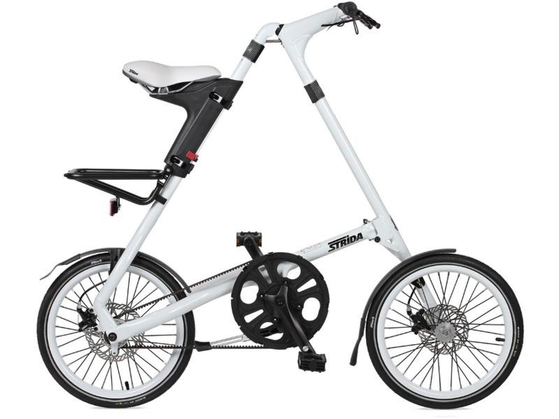 SX (2017)Складной прогулочный велосипед без переключения передач. Технические особенности: легкая алюминиевая рама, жесткая вилка, двойные алюминиевые обода, дисковые механические тормоза, уникальная складная система, ременной привод, алюминиевый багажник, подножка. Подходит для прогулочного катания по паркам и городским улицам. Диаметр колес - 18 дюймов. Вес - 11,6 кг.<br><br>Рама: Алюминиевый сплав<br>Вилка: Жесткая<br>Тормоза: Дисковые механические<br>Передняя втулка: Алюминиевая, закрытые промышленные подшипники<br>Задняя втулка: Алюминиевая, закрытые промышленные подшипники<br>Каретка: Картридж, закрытые промышленные подшипники<br>Кассета: Алюминий<br>Цепь: Ремень<br>Педали: Складные, ударопрочный пластик<br>Седло: Гелевое, быстрая регулировка по высоте<br>Обода: Алюминий, двойные<br>Покрышки: Innova 18х1,25?<br>Цвета выпускаемые: белый, желтый, черный, серый, синий, голубой<br>Размеры выпускаемые: Один размер на рост 155–193 см
